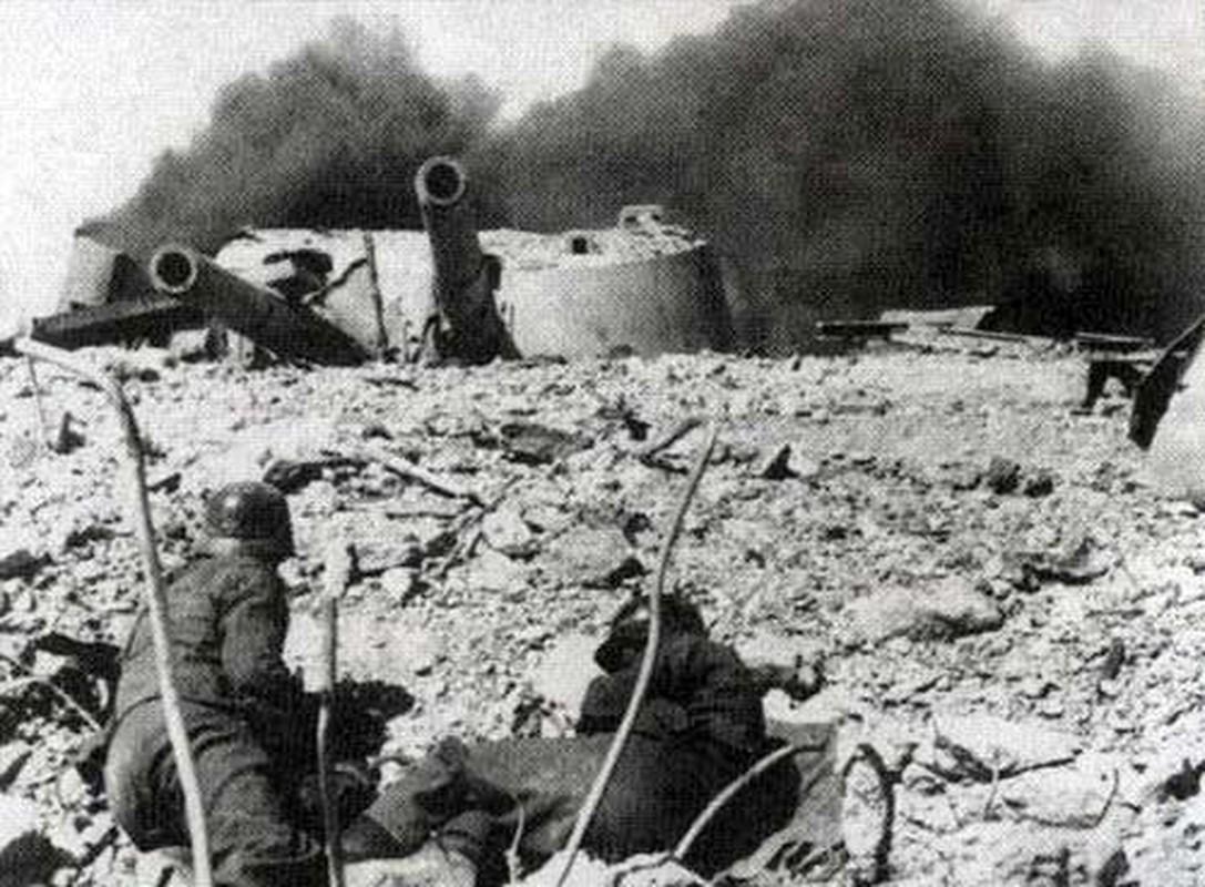 Vi sao Lien Xo dai bai o ban dao Crimea nam 1942?-Hinh-8