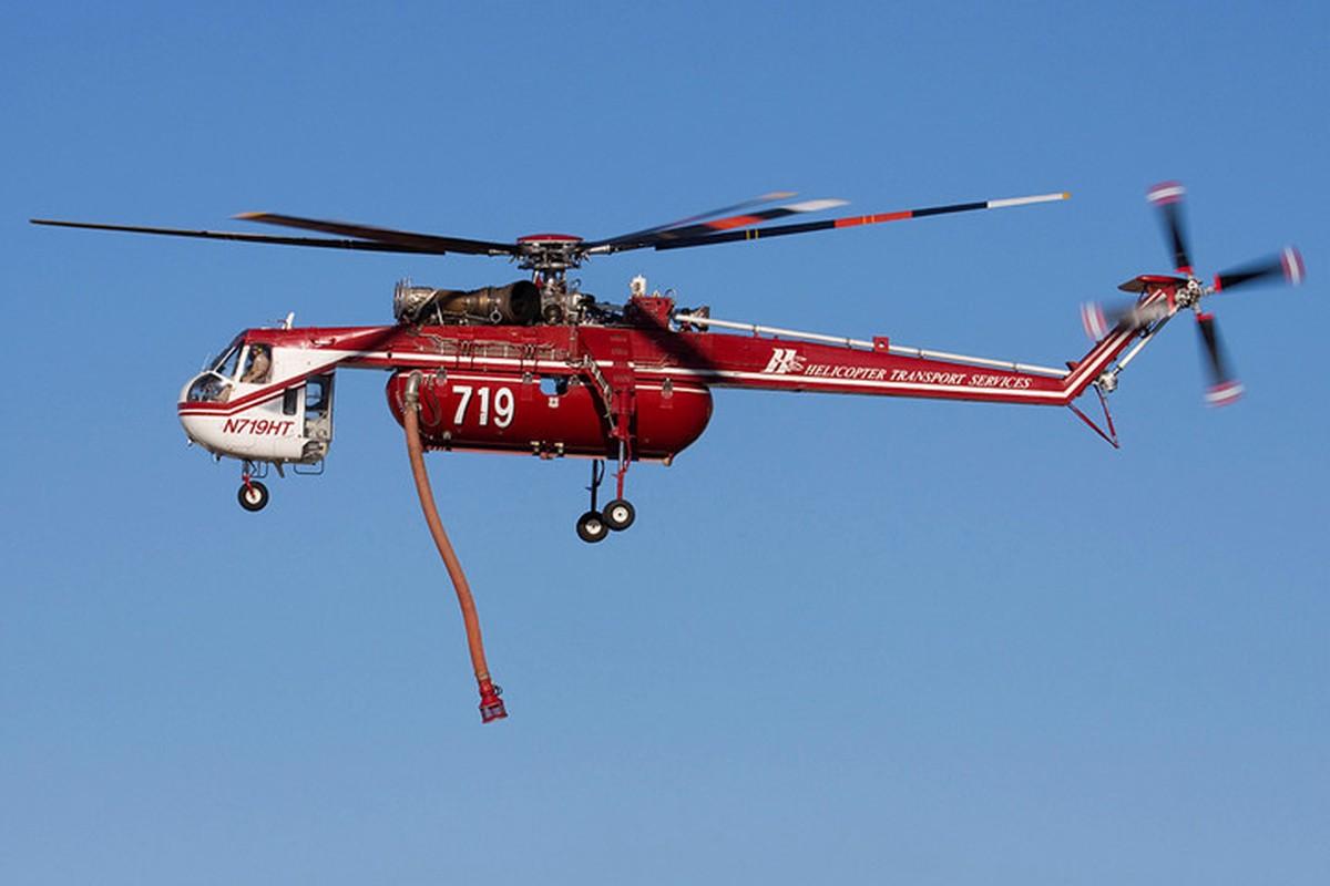"Ngam thiet ke ""di thuong"" cua truc thang CH-54 Tarhe-Hinh-9"