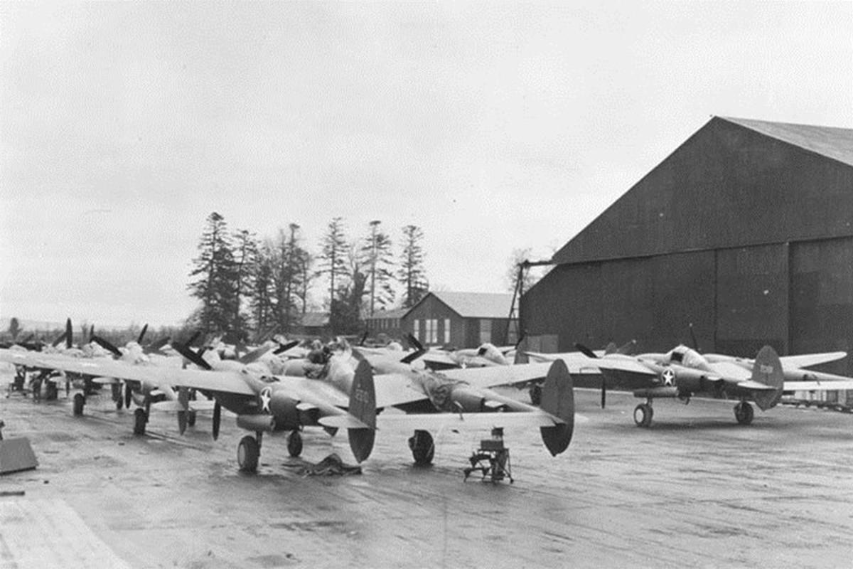 Anh tu lieu hiem tiem kich P-38 trong CTTG 2-Hinh-9