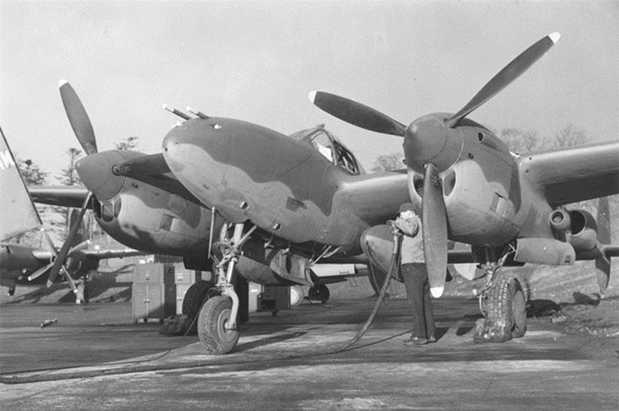 Anh tu lieu hiem tiem kich P-38 trong CTTG 2
