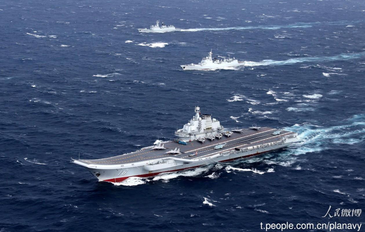 Trung Quoc tung anh hoanh trang cum tau san bay Lieu Ninh-Hinh-3