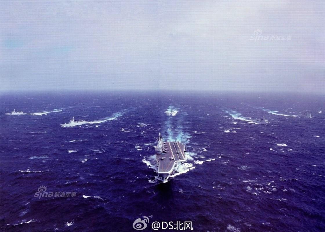 Trung Quoc tung anh hoanh trang cum tau san bay Lieu Ninh-Hinh-8