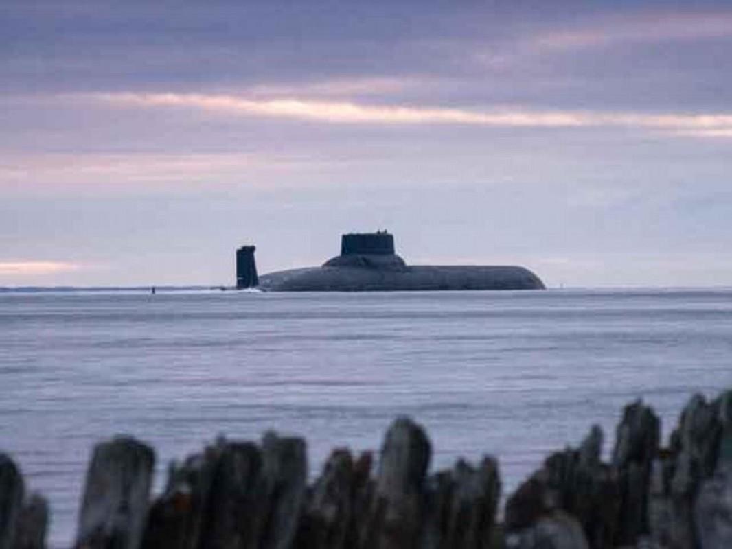 Tau ngam hat nhan Typhoon luon lo o Baltic, NATO phat hoang-Hinh-6