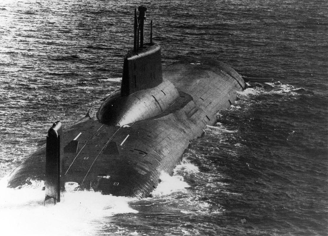 Tau ngam hat nhan Typhoon luon lo o Baltic, NATO phat hoang-Hinh-8