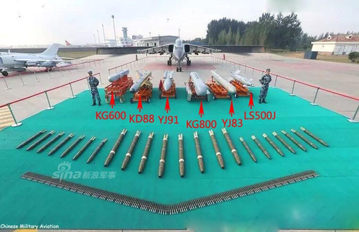 "Cuong kich JH-7 Trung Quoc ""khoe khoe"" pod gay nhieu dien tu-Hinh-8"