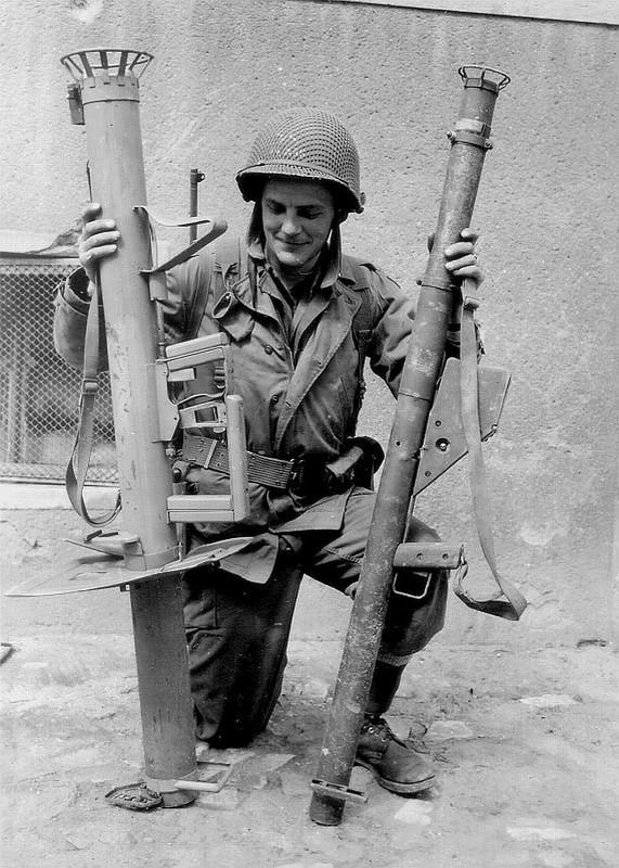 """Bazooka My trong CTTG 2, """"cha de"""" cua khau Bazooka Viet Nam-Hinh-11"""
