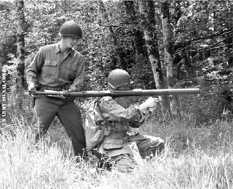 """Bazooka My trong CTTG 2, """"cha de"""" cua khau Bazooka Viet Nam-Hinh-8"""
