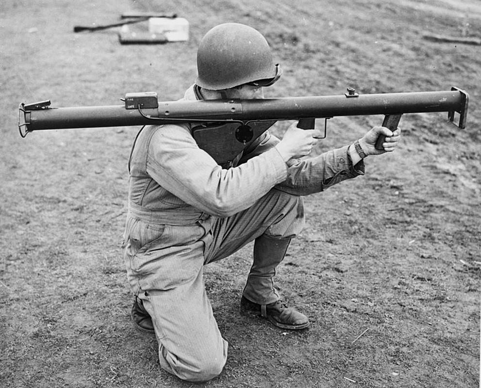 """Bazooka My trong CTTG 2, """"cha de"""" cua khau Bazooka Viet Nam"""