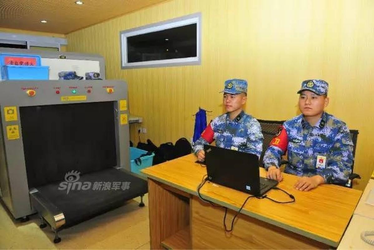 Ben trong tau san bay Lieu Ninh: Long lay nhu khach san-Hinh-2