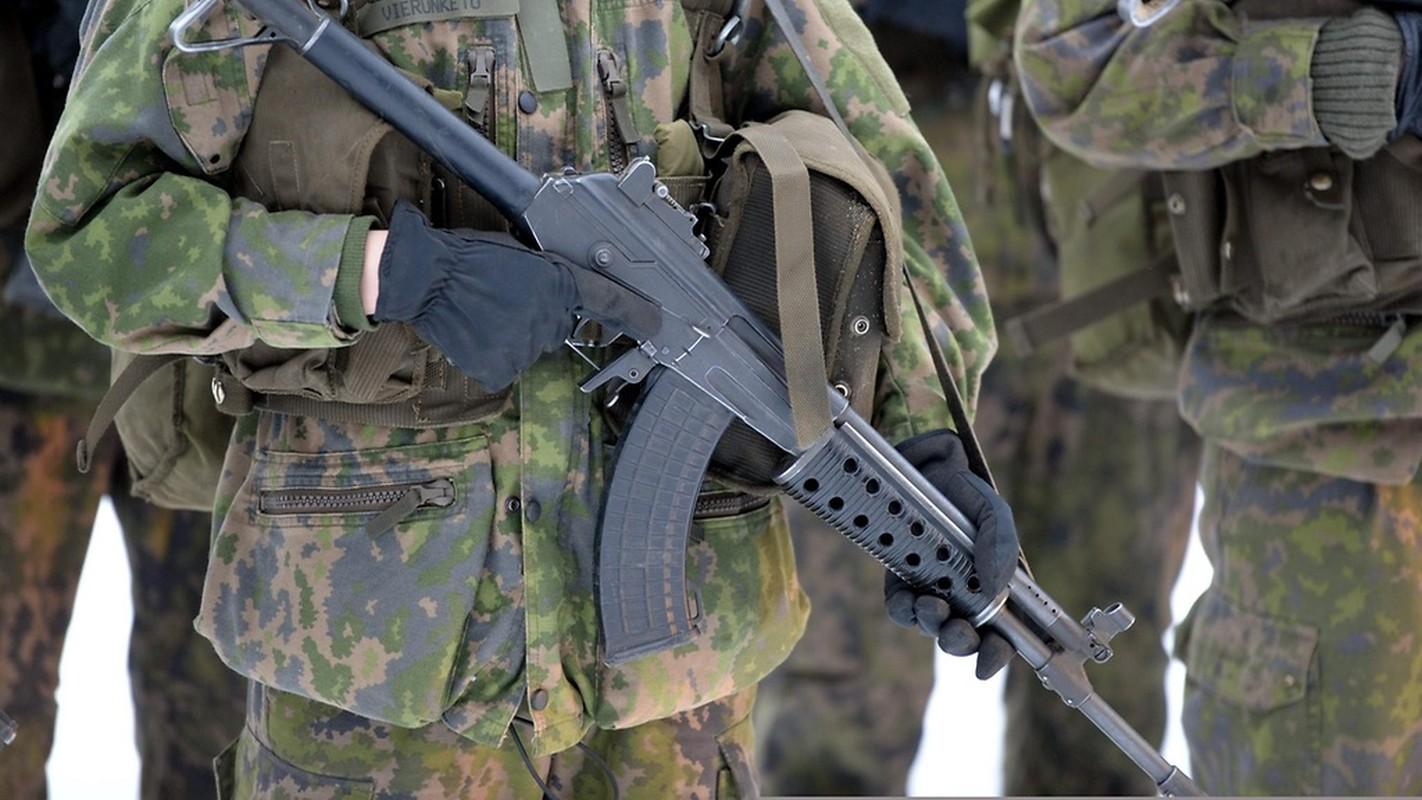 "An tuong phien ban AK-47 ""nhai"" xin hon ca ban goc-Hinh-6"