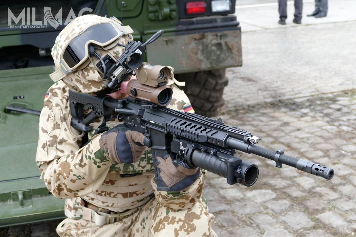 Rheinmetall Steyr RS556: Khau sung truong ba trong mot cua Quan doi Duc-Hinh-10
