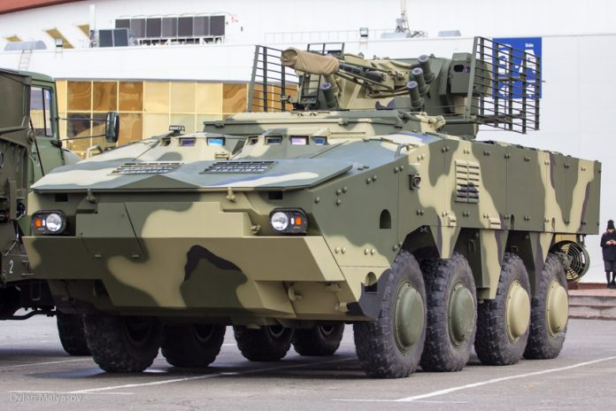 "Lo dien bien the BTR-4 moi cua Ukraine, hon han ""hang"" Nga"