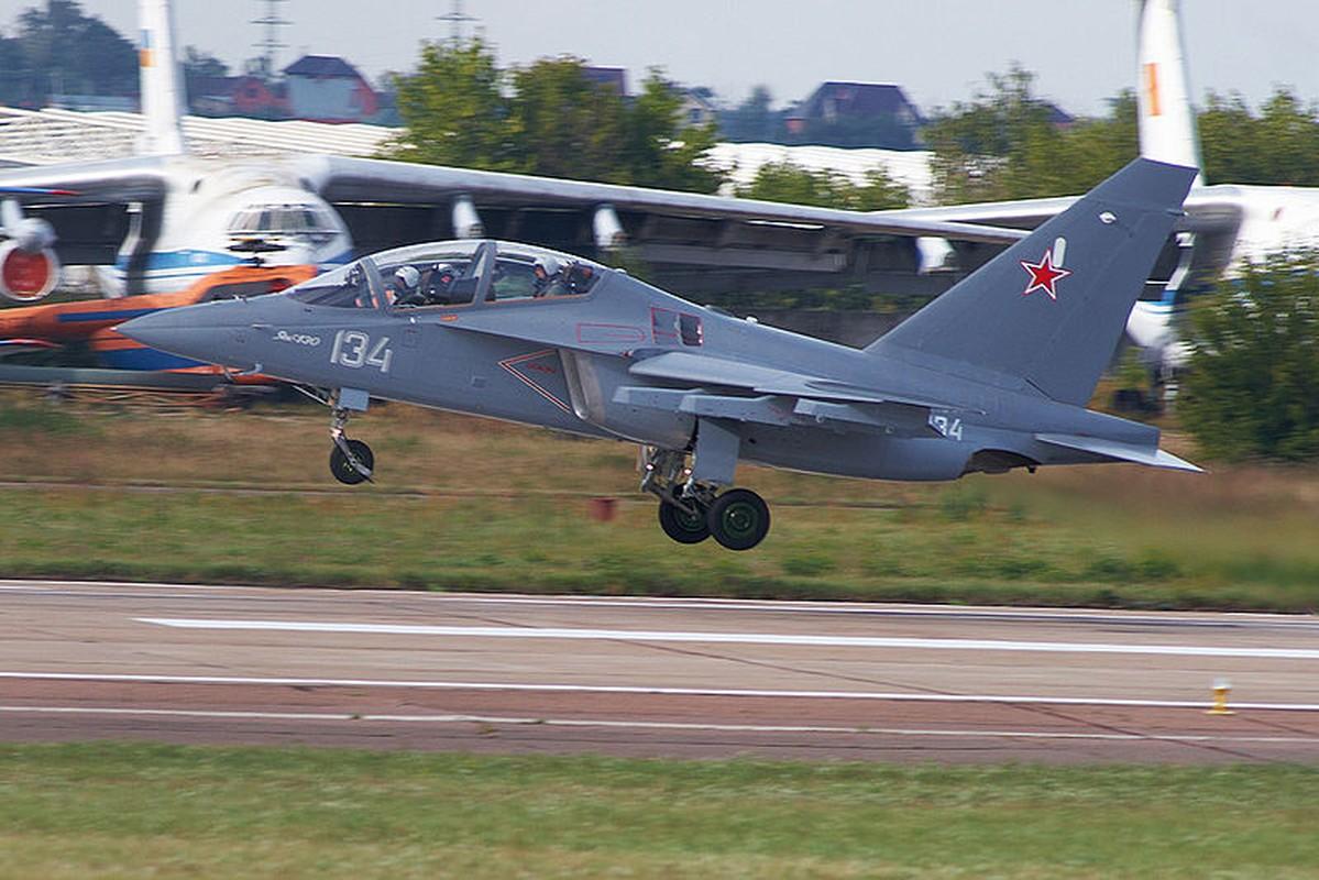 Khong quan Myanmar nhan tiep bo doi Yak-130 tu Nga-Hinh-11