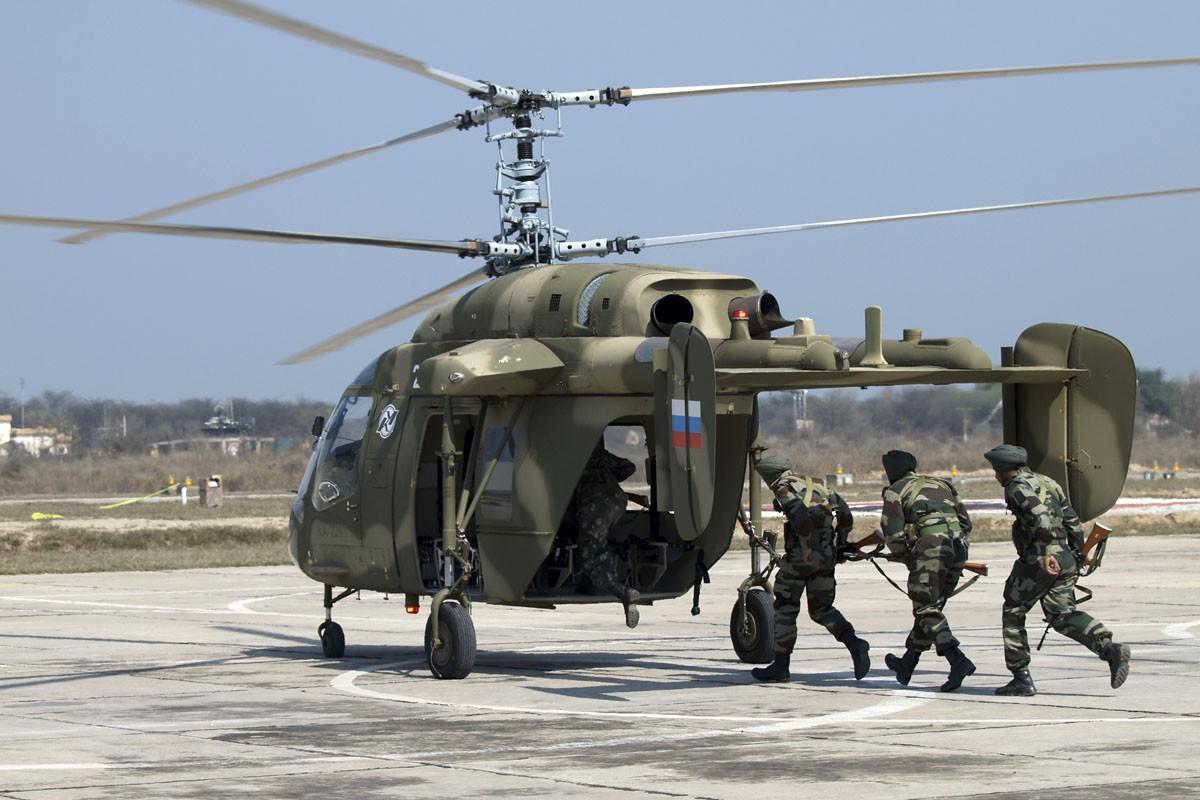 """Nga-An chuan bi """"lien doanh"""" xuat khau truc thang da nang Ka-226-Hinh-3"""