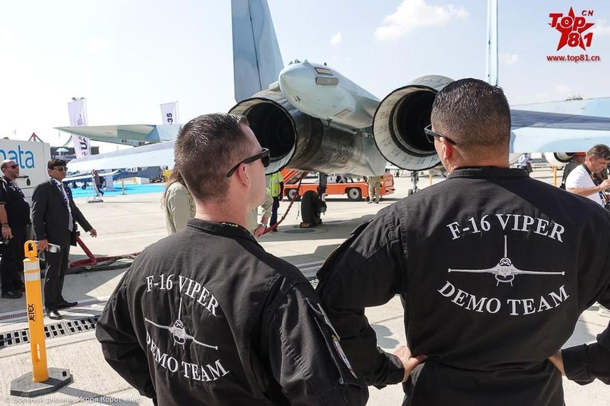 """Phi cong My """"ngan ngo"""" ngam Su-35 cua Nga-Hinh-2"""