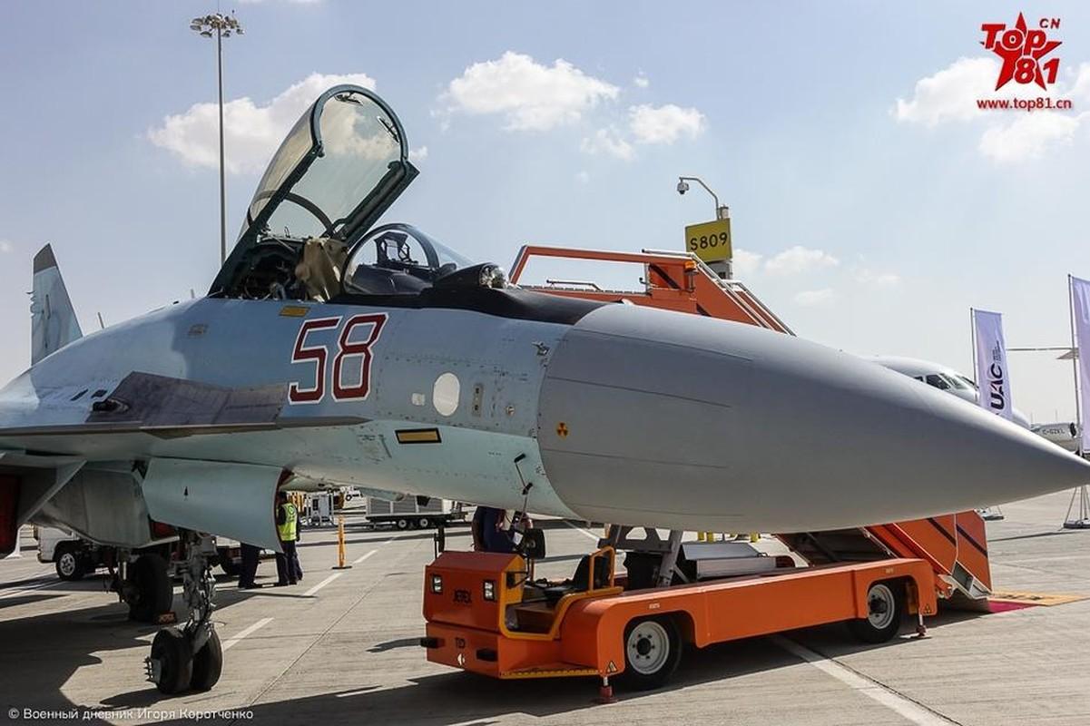 """Phi cong My """"ngan ngo"""" ngam Su-35 cua Nga-Hinh-6"""