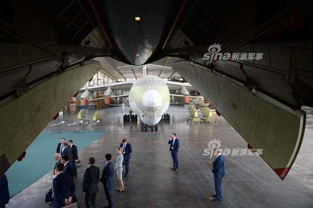 Ke an khong het, nguoi lan khong ra: Dan Il-76 bo xo-Hinh-3