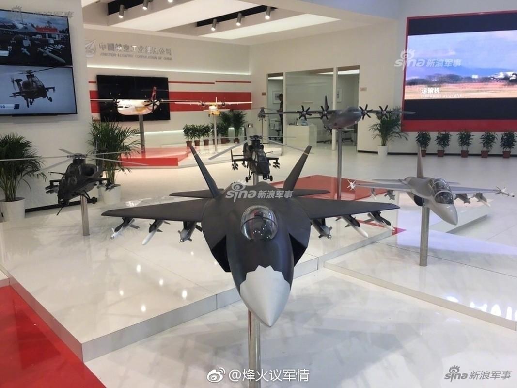 J-31 Trung Quoc dan hoan thien, tung canh khap troi-Hinh-9