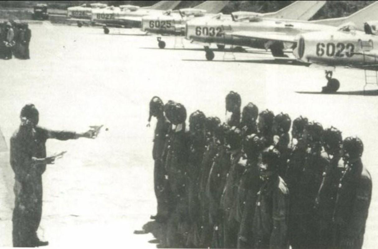 Chiem nguong dan tiem kich dau tien cua Khong quan Viet Nam oai hung-Hinh-5