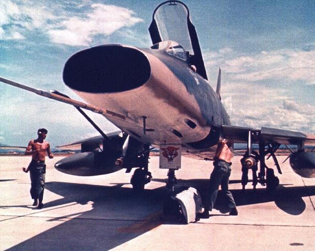 Kho do thanh tich dang ne cua tiem kich F-100 o VN-Hinh-10