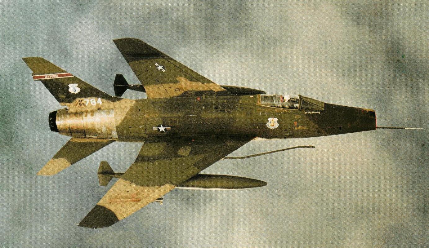 Kho do thanh tich dang ne cua tiem kich F-100 o VN-Hinh-3