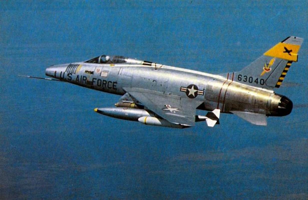 Kho do thanh tich dang ne cua tiem kich F-100 o VN-Hinh-6