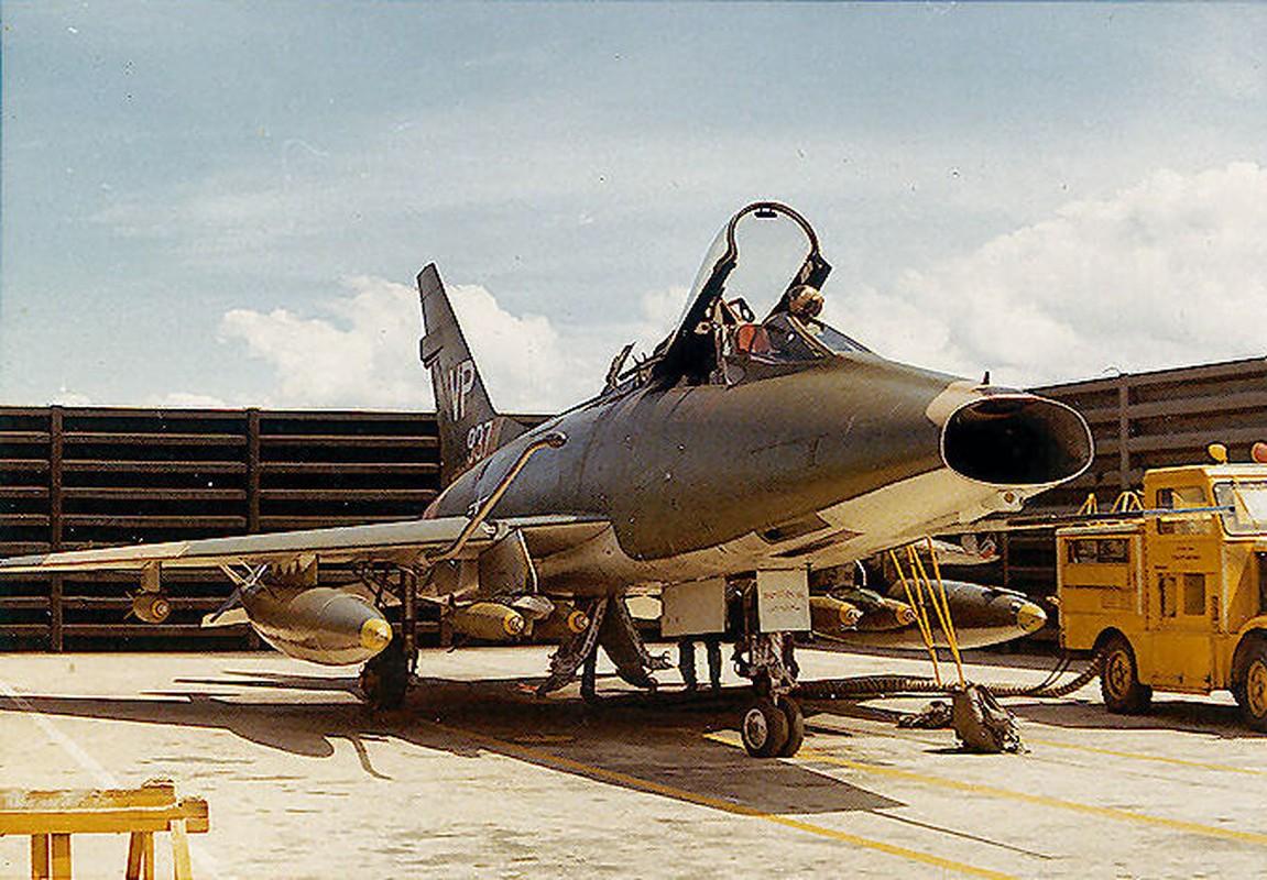 Kho do thanh tich dang ne cua tiem kich F-100 o VN-Hinh-7