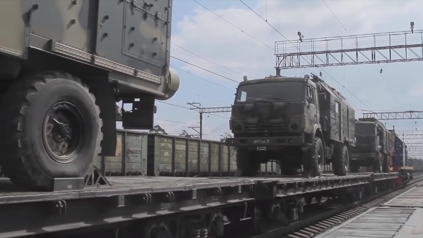 Quan doi Nga hung huc khi the cho cuoc tap tran the ky Vostok 2018