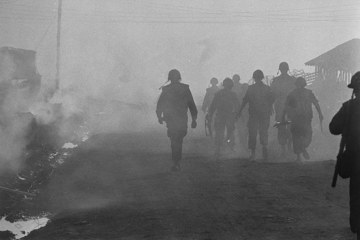 Bang hoang nhung buc anh bi quen lang trong Chien tranh Viet Nam-Hinh-11