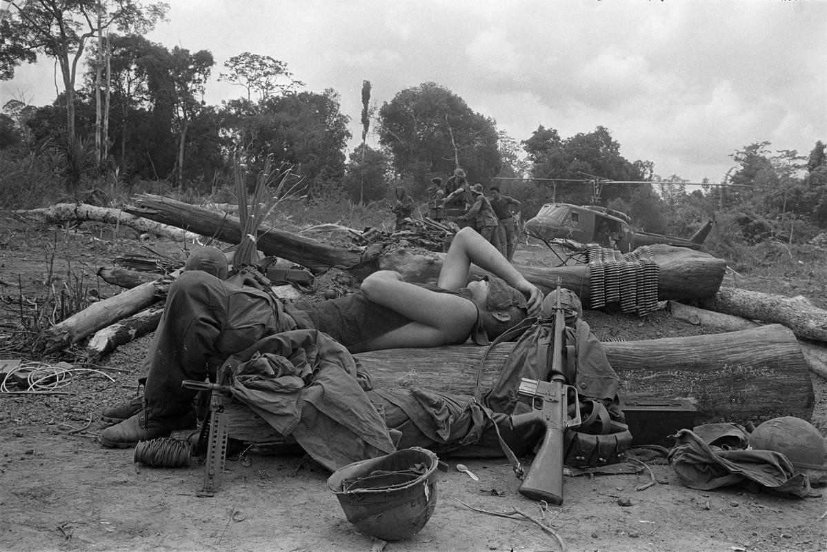 Bang hoang nhung buc anh bi quen lang trong Chien tranh Viet Nam-Hinh-6