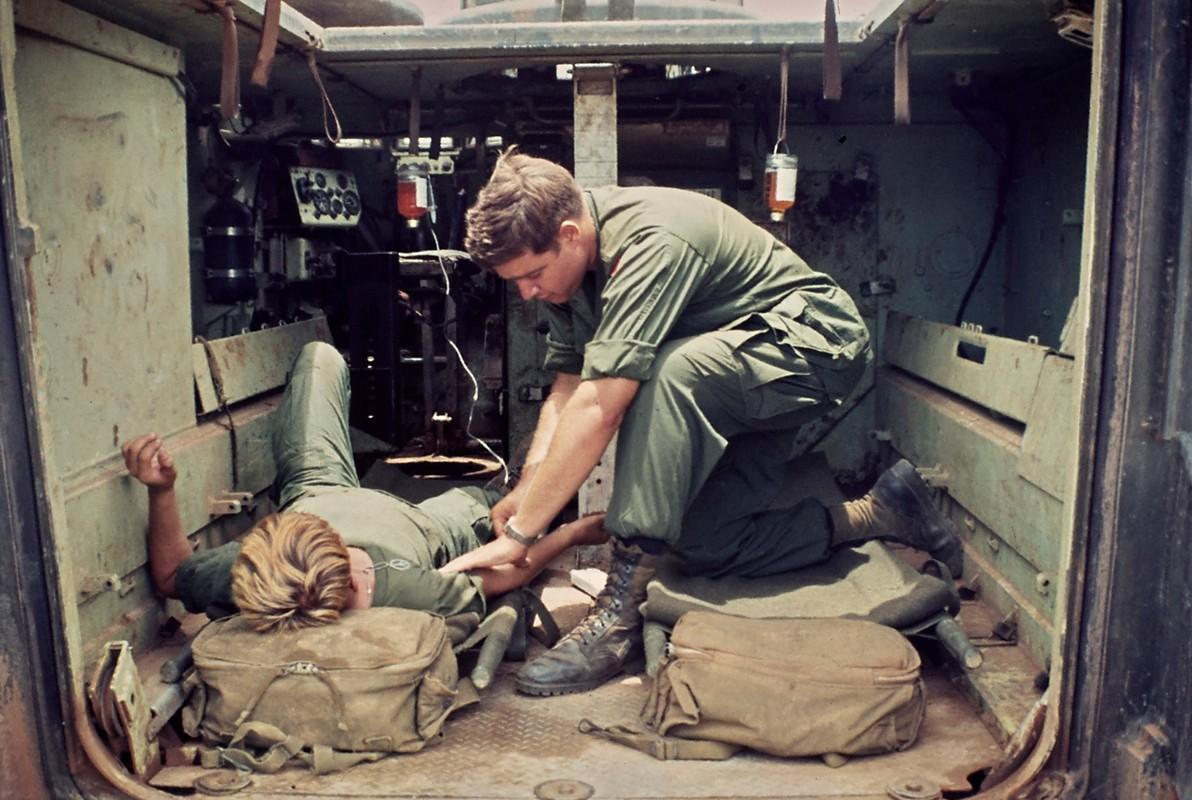Bang hoang nhung buc anh bi quen lang trong Chien tranh Viet Nam
