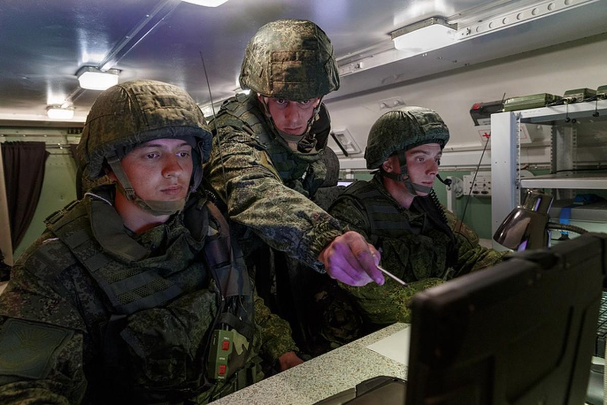 "Nhung ""canh nong"" dau tien tu cuoc tap tran Vostok-2018-Hinh-12"