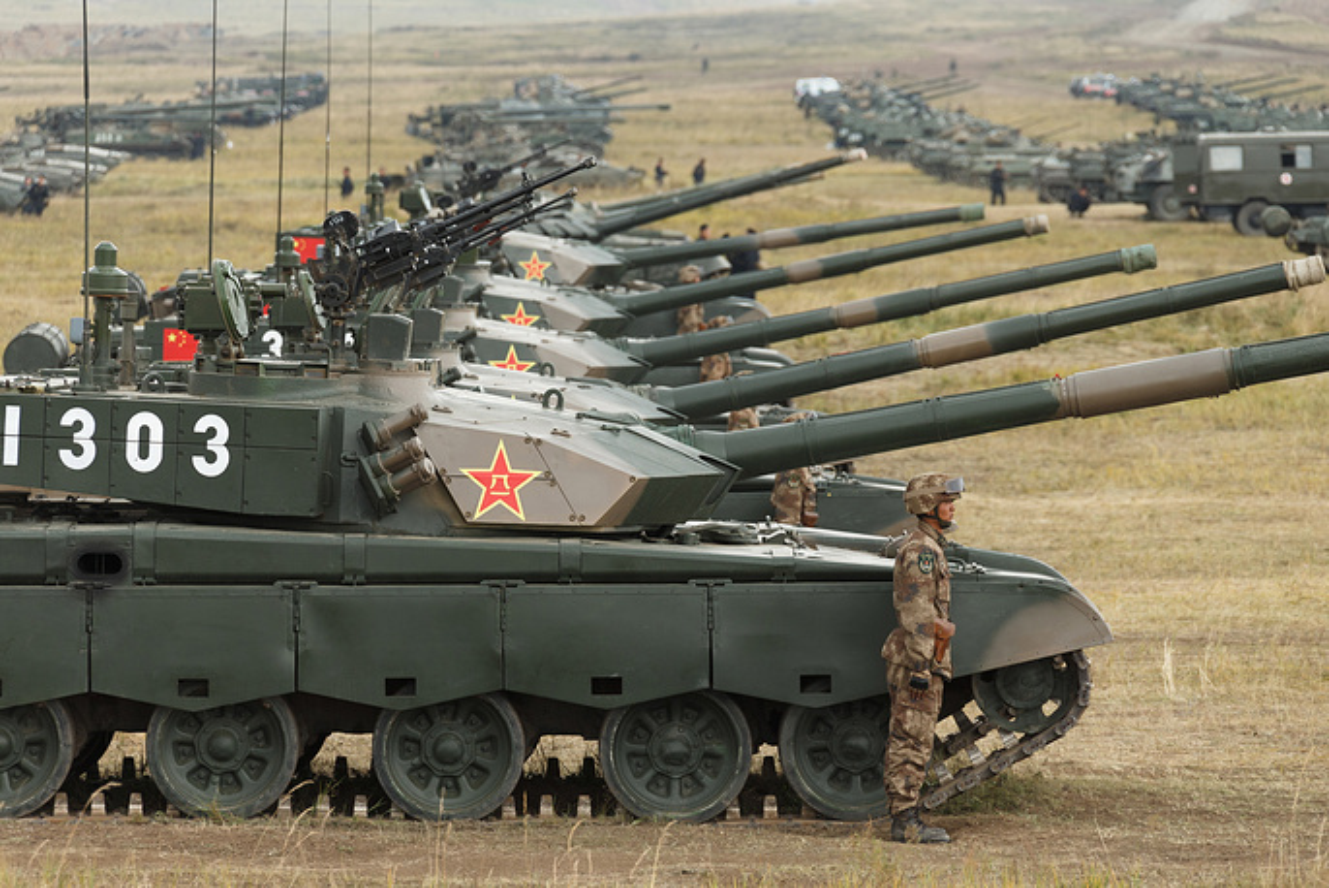 "Nhung ""canh nong"" dau tien tu cuoc tap tran Vostok-2018-Hinh-13"