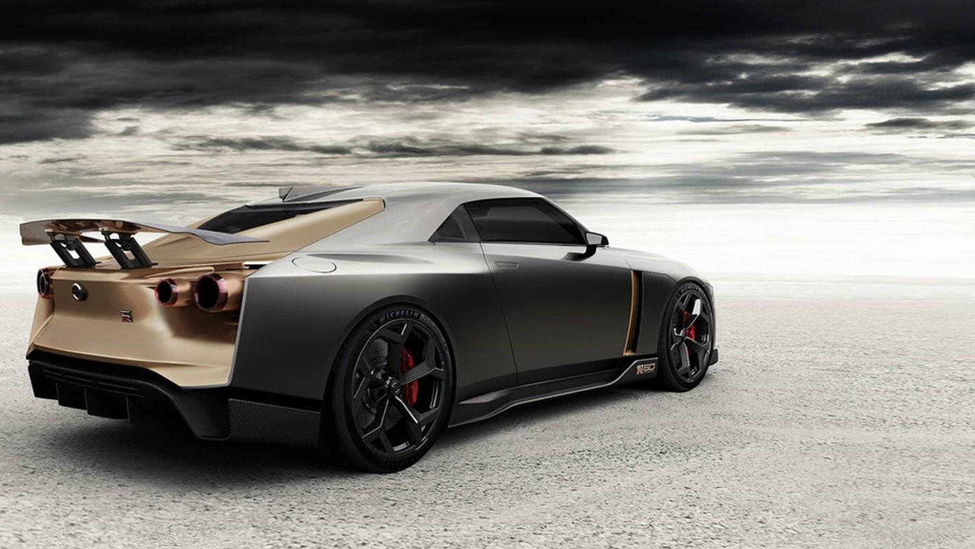 Nissan GT-R lot xac duoi ban tay hang thiet ke Italy-Hinh-2