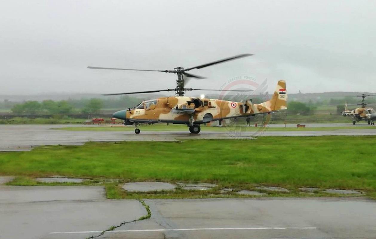 Chan dong: Truc thang Ka-52 loi khung, Ai Cap hot hoang mua Apache-Hinh-6