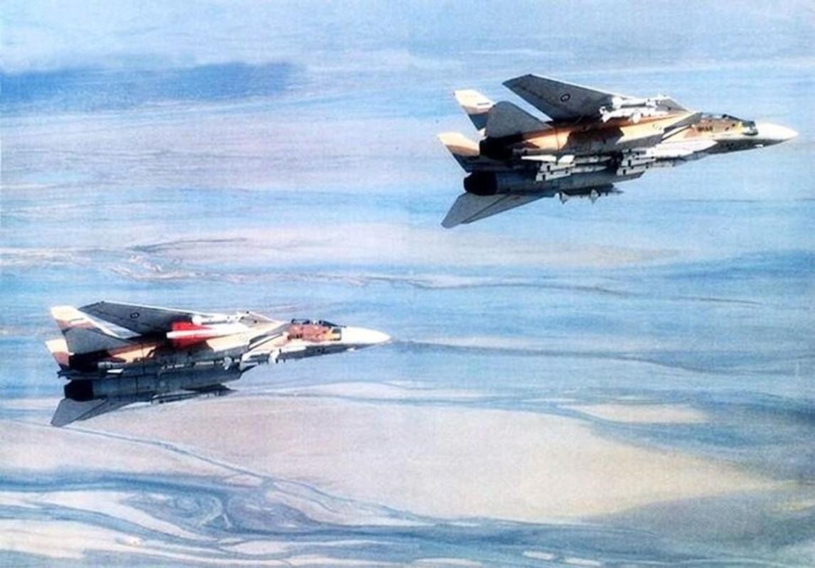 Chien cong ky la cua F-14 Iran, mot ten lua ha ba may bay Iraq