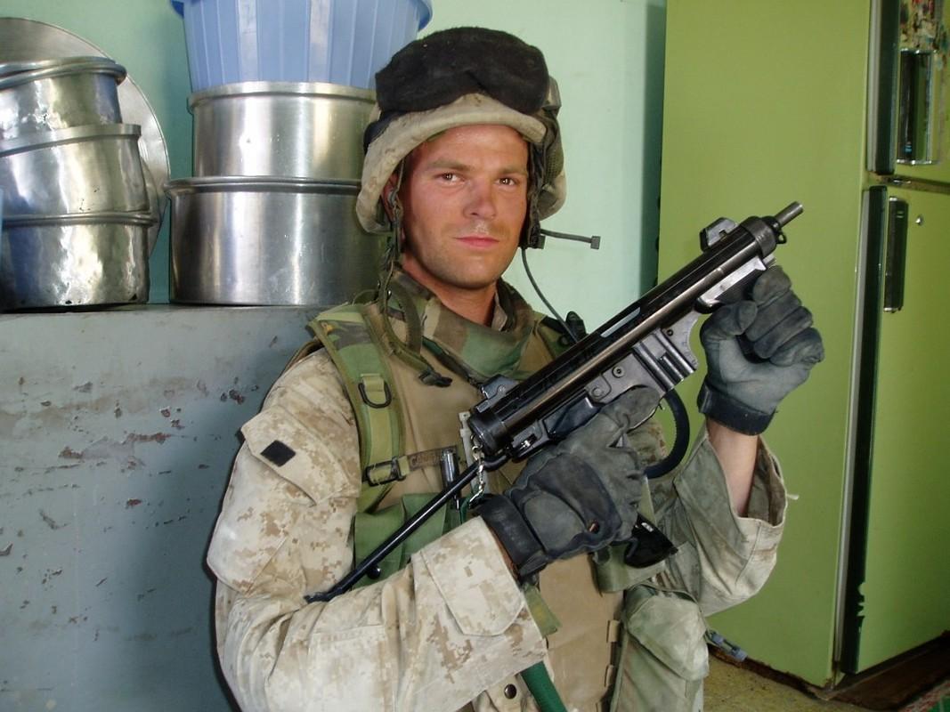 Beretta M12S – khau tieu lien nho gon toi ky la-Hinh-8