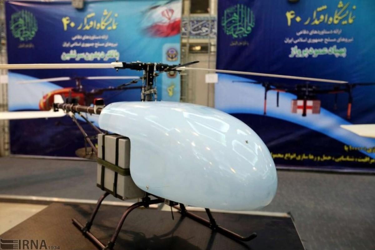 Diem mat dan vu khi Iran mang ra khoe sau 40 nam chiu cam van (1)-Hinh-9
