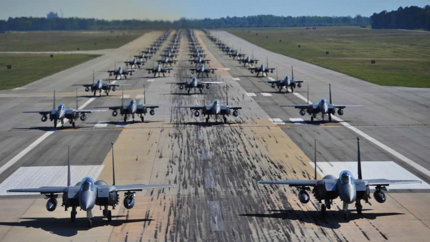 "Bat ngo man chia tay dac biet cua ""than bien"" F/A-18C-Hinh-8"