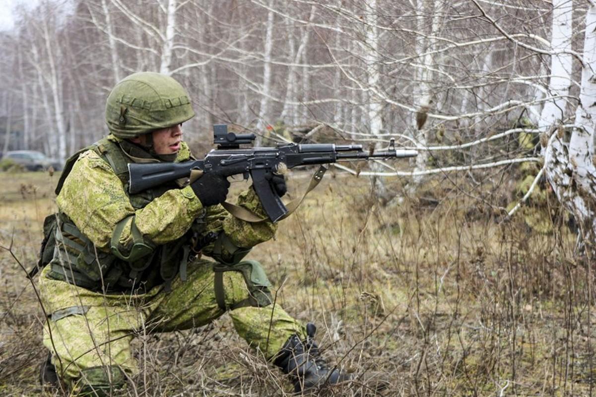 Ban AK-103 cho A Rap Xe Ut, Nga lai trung dam o IDEX 2019-Hinh-8