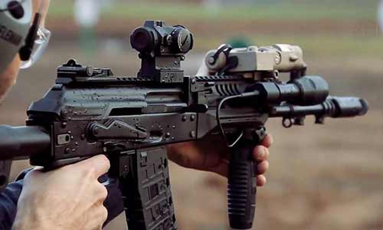 Ban AK-103 cho A Rap Xe Ut, Nga lai trung dam o IDEX 2019