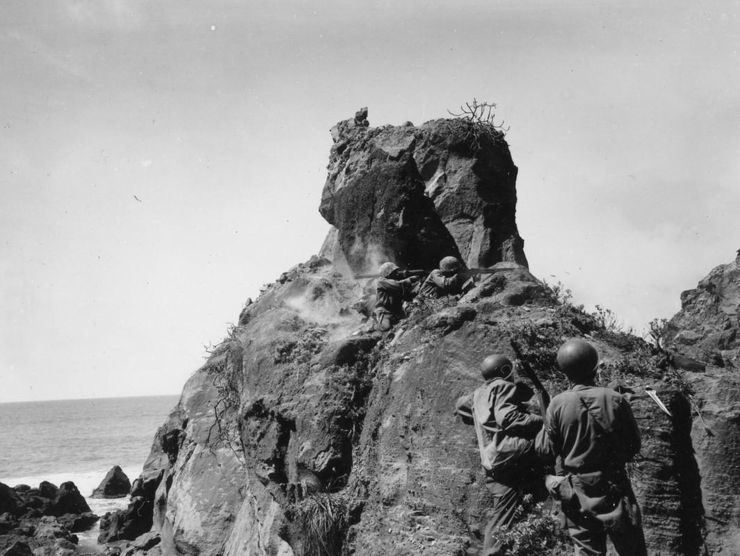 Tran Iwo Jima: Cuoc do bo cuoi cung cua My o Thai Binh Duong-Hinh-7