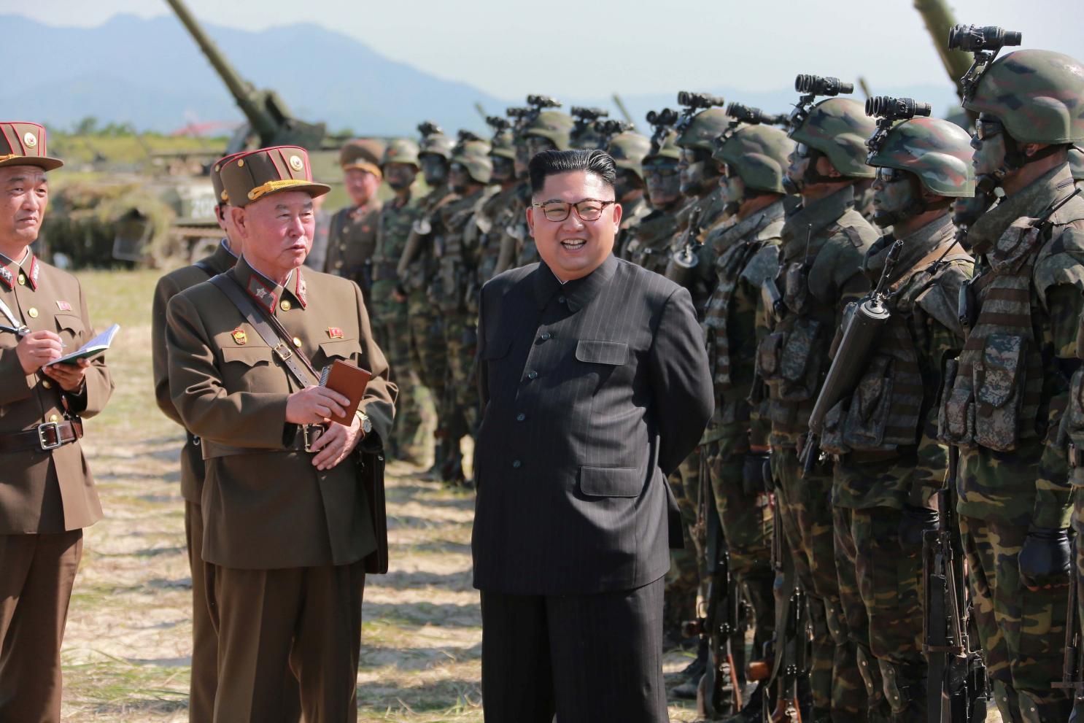 Can ve cua ong Kim Jong-un se mang vu khi nao toi Viet Nam?