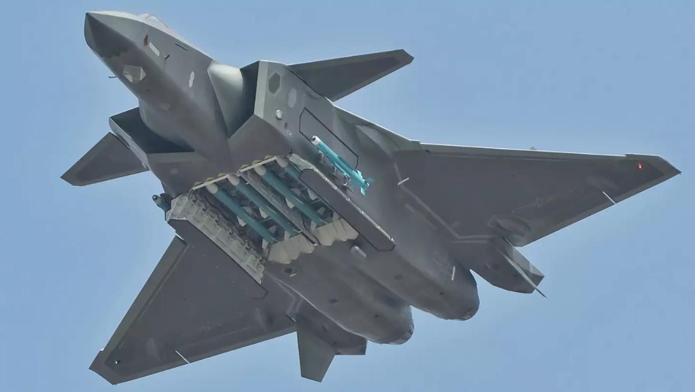 Bao My vach tran tiem kich J-20 sao chep cong nghe F-22-Hinh-3
