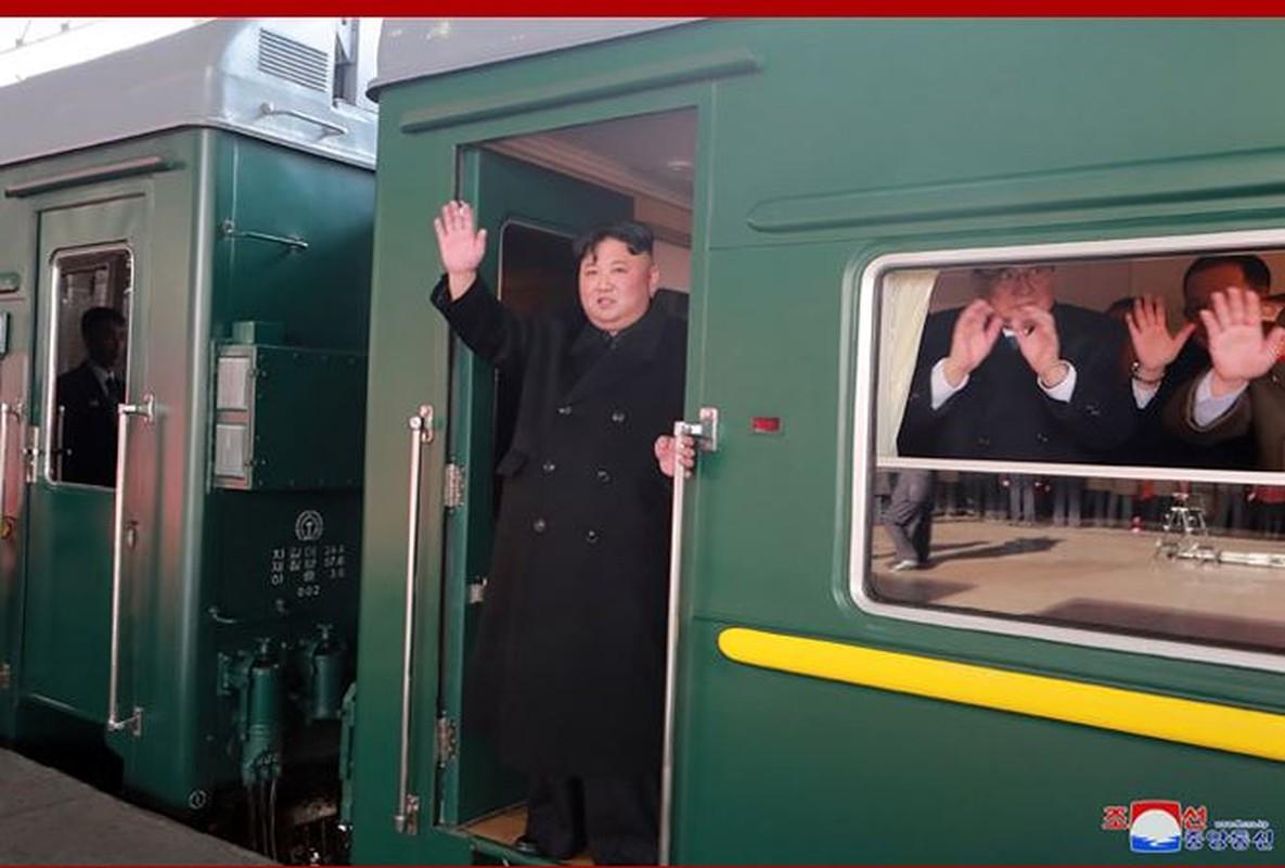 "Di tim ""thuy to"" doan tau hoa boc thep cua ong Kim Jong-un-Hinh-9"