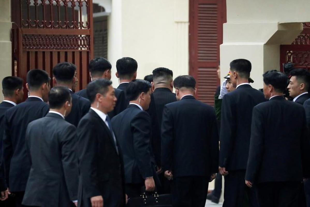 Thuong dinh My - Trieu: Ngay dau o Ha Noi cua ong Trump-Kim dien ra the nao?-Hinh-9