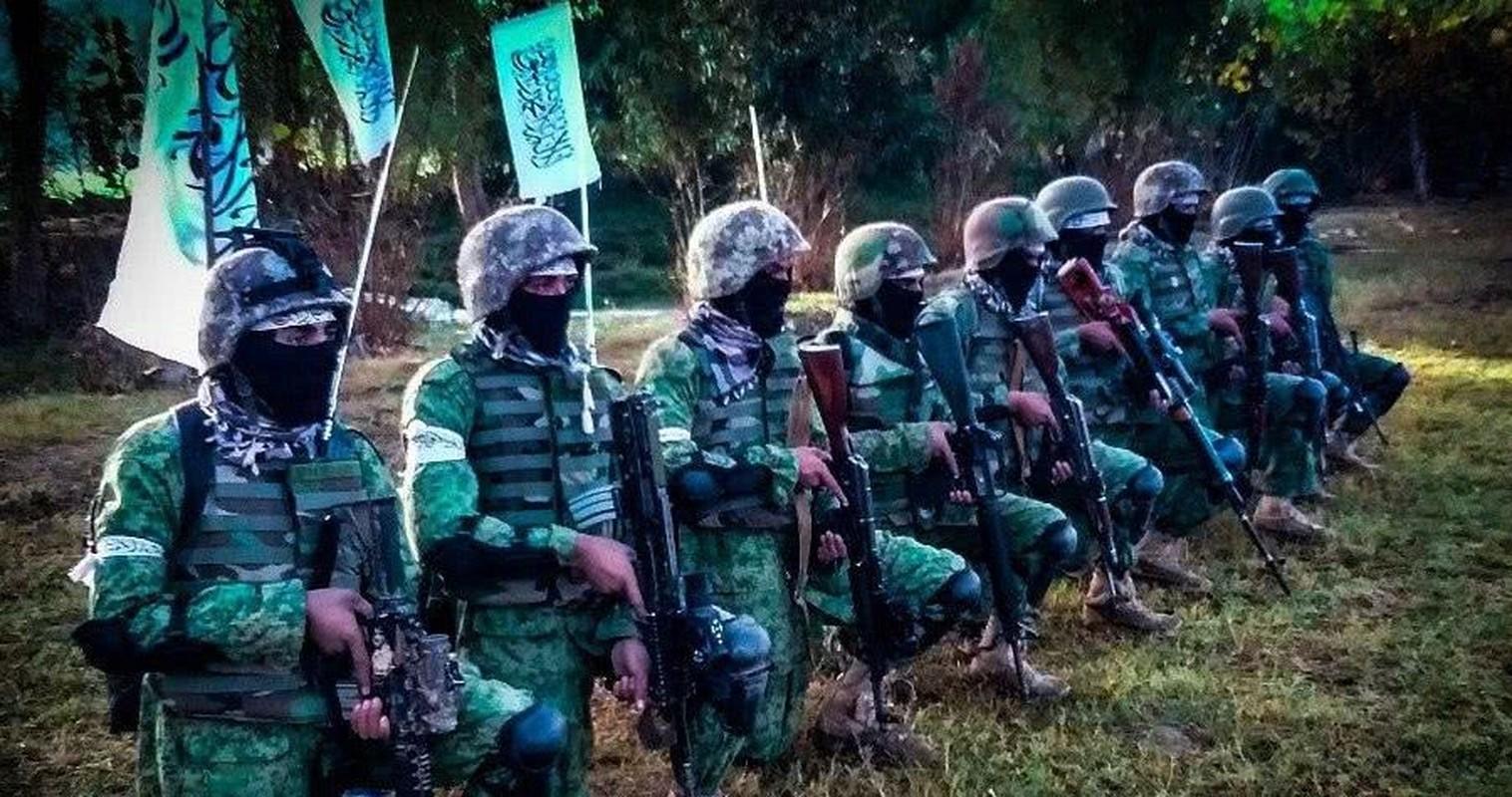 Kinh hai cach Taliban luyen quan khong khac gi biet kich My-Hinh-3