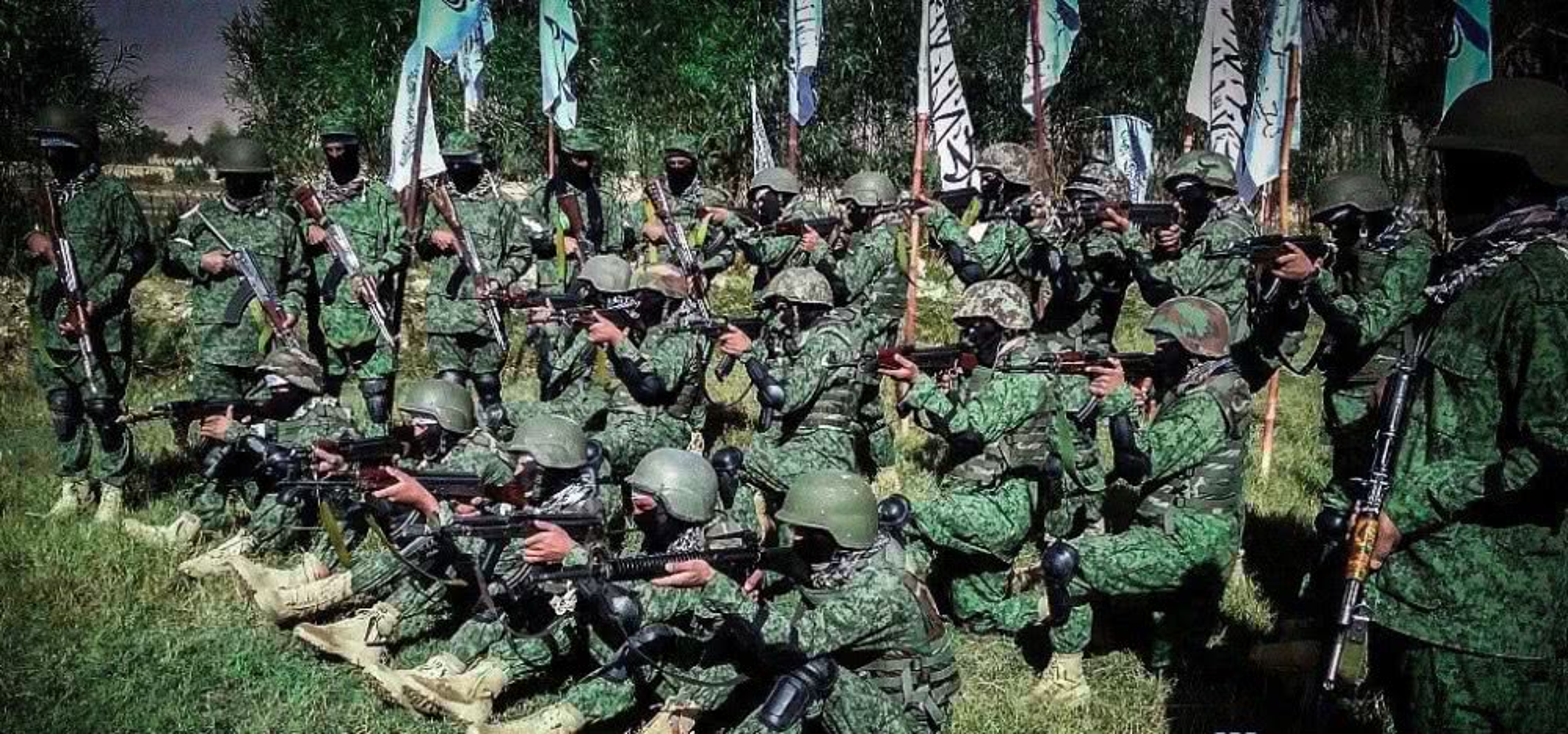 Kinh hai cach Taliban luyen quan khong khac gi biet kich My-Hinh-4