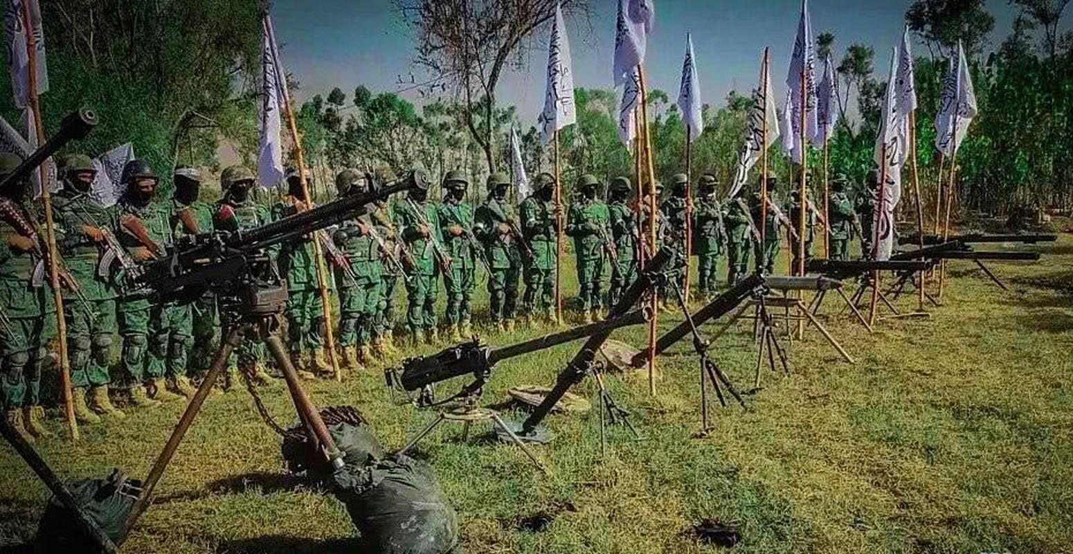 Kinh hai cach Taliban luyen quan khong khac gi biet kich My-Hinh-5