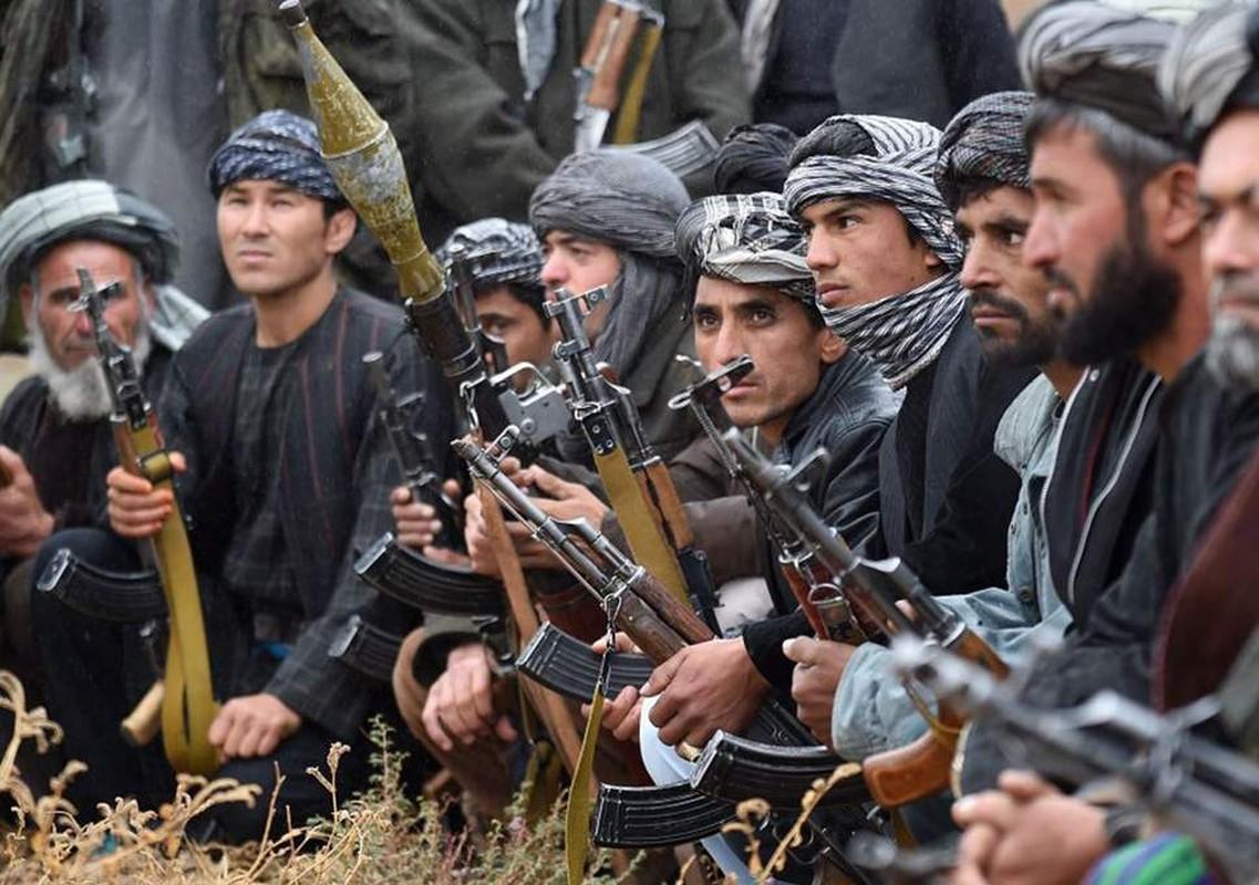 Kinh hai cach Taliban luyen quan khong khac gi biet kich My-Hinh-8